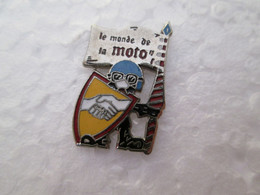 PIN'S   LE MONDE DE LA MOTO   Email Grand Feu - Motorfietsen