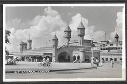PAKISTAN PLD BLACK AND WHITE POSTCARD LAHORE RAILWAY STATION - Pakistan