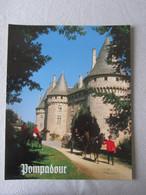POMPADOUR, Chateau, Attelage Tandem, étalon Anglo-arabes, Carte Postale Grand Format 23.9 X 29.7 éd Dubray - Arnac Pompadour