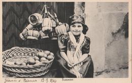 Cartolina - Postcard /  Viaggiata - Sent /  Taormina , Bimba Con Costume Locale. - Altre Città