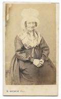 Photo CDV 19° - Femme Avec Coiffe Gironde... (Henri BOUREAU Bordeaux) - Anonieme Personen