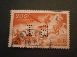 FRANCE TIMBRE POSTE AERIENNE PA19 BI110 PERFORE PERFORES PERFIN PERFINS PERFORATION PERFORIERT LOCHUNG PERFORATI PERCE - Perforadas