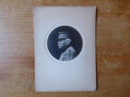 Photo Général Avec Képi  Brodé De Profil Vers 1910 - Guerra, Militari