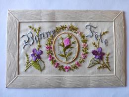 Cpa, Carte Brodée, Fleurs, Bonne Fête - Bordados