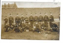 Carte Photo - Tournai - Groupe Soldats. - Tournai