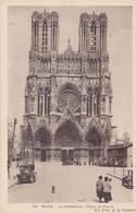 La Cathédrale - Place Du Parvis - Reims