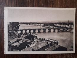 L30/821 Macon - Vue Panoramique - Le Pont - Les Quais - Macon