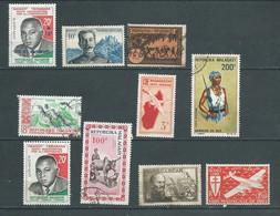 Lot De 10 Timbres De Madagascar Toutes époques Confondues  Oblitérés - Ad43104 - Used Stamps