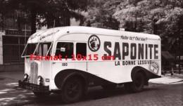 Reproduction D'une Photographie D'une Camionnette Publicitaire Pour Saponite La Bonne Lessive - Repro's