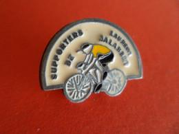 Pins Sport Cyclisme Vélo - Tour De France - Supporters De Laurent JALABERT - Signé : ETAIN 95% - Cyclisme