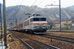 Saint Michel Valloire (73 - France)  03/04/1988 - La BB 7278 En Tête D'une Rame Voyageurs à Destination De Modane - Other Municipalities