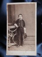 Photo CDV Eugène De Paris à Toulon - Jeune Garçon, Louis Courbassier, Second Empire Circa 1860 L354A (1) - Oud (voor 1900)