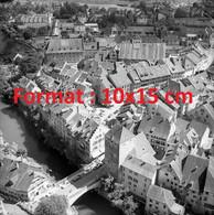 Reproduction Photographie Ancienne D'une Photo Aérienne De Brugg En Suisse 1954 - Repro's