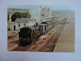 CHINON - Démarrage Du Train Touristique Chinon-Richelieu La 040 TA 137 De 1922    A1785 - Chinon