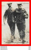 CPA MILITARIA. Guerre 1914-15.   Allemands Fait Prisonnier Par Un Civil Anglais...CO1822 - War 1914-18