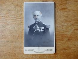 Cdv Colonel Du 72 Eme RI Avec Ses Nombreuses Décorations 1900 Avec Autographe - Guerra, Militari