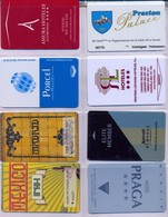 HOTEL : H021 8 HOTEL KEY CARDS AS PICTURED USED - Cartas De Hotels