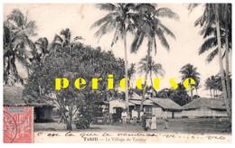 Tahiti   Groupe De Personnes Au  Village De Tautira - Polynésie Française