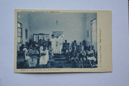 Prefecture Apostolique Du Swaziland-les Espoirs Des Missionnaires-une Leçon A L'ecole - Swaziland