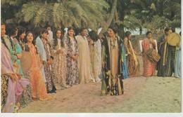 Asie ;Bahrain , Vue   Femmes , Village   Dancers - Bahrain