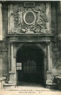 CPA -  SAINT-GERMAIN-EN-LAYE - PORTE D'ENTREE DU CHATEAU (ETAT PARFAIT) - St. Germain En Laye (Kasteel)