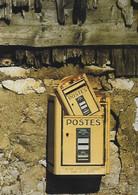 POSTE - POSTES - Mise En Boîte Mail Boxes 217 - Boîtes Aux Lettres - Ne Pas Jeter De Journaux - - Correos & Carteros