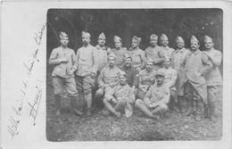 N°13  -  CPA Carte Photo Original   Militaire  Groupe   1917 VOIR SCAN RECTO VERSO - Guerra 1914-18