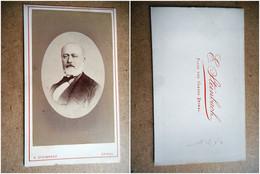PHOTO CDV 19 EME HOMME ELEGANT TYPE NOTABLE BARBE MODE  Cabinet  STEINBACH   A EPINAL - Ancianas (antes De 1900)