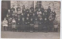 CARTE PHOTO  Annuelle D'un Groupe D'Ecolières à B.......... En 1913 - Photos
