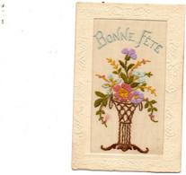 Jolie Carte Brodée. Bonne Fête. - Embroidered