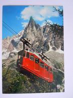 74 Chamonix - Mont Blanc L'Aiguille Du Dru Et Le Téléphérique Qui Relie Le Montenvers à La Grotte... Edit Seca 2067A - Chamonix-Mont-Blanc