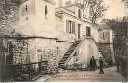 D33  LANGON  Le Crime De Langon  ............la Prison De Bazas Véritable Chateau Fort Où Sont Emprisonnés Les Assassins - Bazas