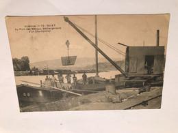 Ardennes - GIVET - Au Port Des Métaux Déchargement D Un Charbonnier - Animée - Péniche - Givet