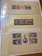 Nouvelle Calédonie Et Dépendance - Bloc Feuillet +timbres ( Voire Scan) - Blokken & Velletjes