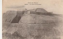 Carte Postale. Villes Du Maroc. Rabat. Les Canons Du Fort Hervé. Bunker. Écrite. 1918. Etat Moyen. Taches. - Material