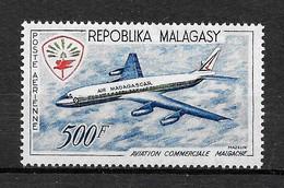 MADAGASCAR Afrique : Poste Aérienne N° 88 ** TB (cote 10,25 €) - Madagaskar (1960-...)