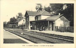 VIERZY (Aisne) La Gare Et Les Quais RV - Andere Gemeenten