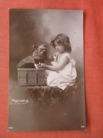 RPPC Young Girl With Her Playmates Dog & Cat In Basket     ref 4636 - Non Classés