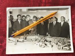 ✔️SOUVENIR EXPOSITION ÉCOLE LYCÉE TEHNIQUE à OUJDA MAROC 1964-☛Photo Originale Photographie Personnalités - Orte