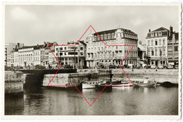 Bassins - Ingang Centrum-Handelskaai (Onze Lieve Vr College, Hotel De La Coronne, Hotel Du Bassin) Oostende - Ostende 8 - Oostende