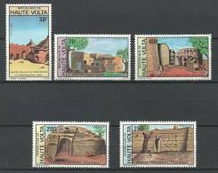 """Hte-Volta YT 575 à 579 """" Habitats Traditionnels """" 1982 Neuf** - Alto Volta (1958-1984)"""