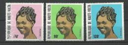 """Hte-Volta YT 590 à 592 """" Coiffures Féminines """" 1983 Neuf** - Alto Volta (1958-1984)"""