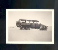 Photo Car Auto Automobile Voiture à Identifier 9 X 7 Cm  Circuits Nord Africains Touggourt El Oued Algèrie Désert - Automobili