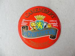 Camembert Le Charcennay Fabriqué En Franche Comté Milleret - Kaas