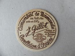 Camembert De Normandie Au Lait Cru J.Gillot Laiterie De Saint Hilaire De Briouze 250g - Kaas