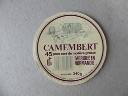 Camembert Fabriqué En Normandie SGCC - Kaas