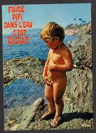 Humour - Garçon Tout Nu - Faire Pipi Dans L'eau C'est Rigolo - Sur La Plage - (Cim,Combier N° 3 PL 75 0012 ) - Humor