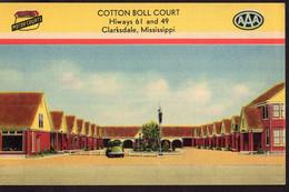 USA - Circa 1940 - Postcard - Clarksdale - Cotton Boll Court - A1RR2 - Other