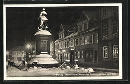 AK Offenburg / Baden, Hotel Sonne Mit Denkmal Bei Nacht - Offenburg