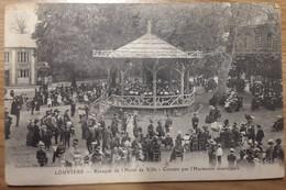 Carte Postale Louviers Kiosque De L'hôtel De Ville Concert Par L'Harmonie Municipale - Louviers